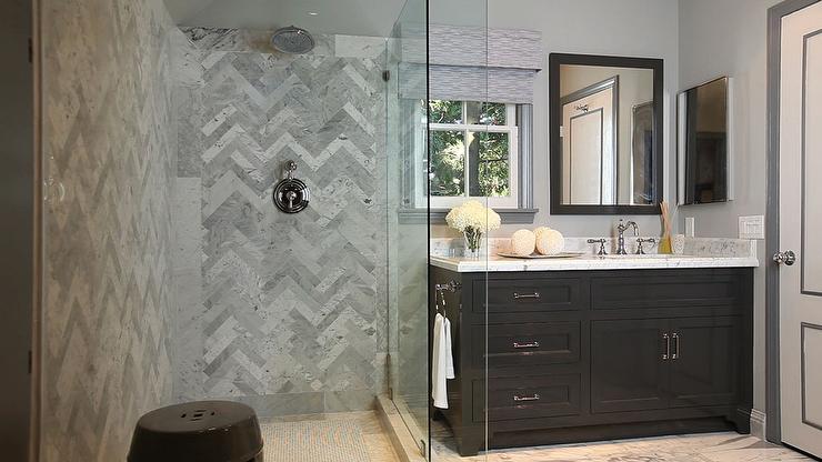 Herringbone backsplash contemporary bathroom jeff for Jeff lewis bathroom design ideas