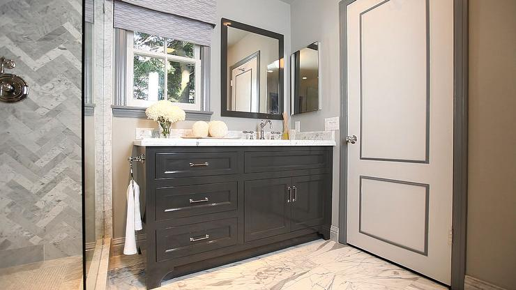 Gray Door Moldings - Contemporary - bathroom - Jeff Lewis Design