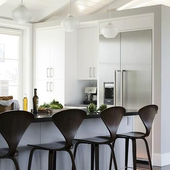 Reed Davis Photography - kitchens - vaulted ceiling, white, kitchen cabinets, kitchen island, black, granite, countertops, cherner barstools, cherner counter stools, Cherner Bar Stool,
