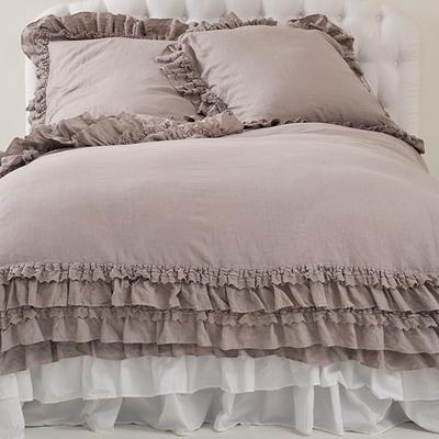 Shabby Chic Bedspread on Suzie  Bedding   Rachel Ashwell Shabby Chic Couture Petticoat Pebble