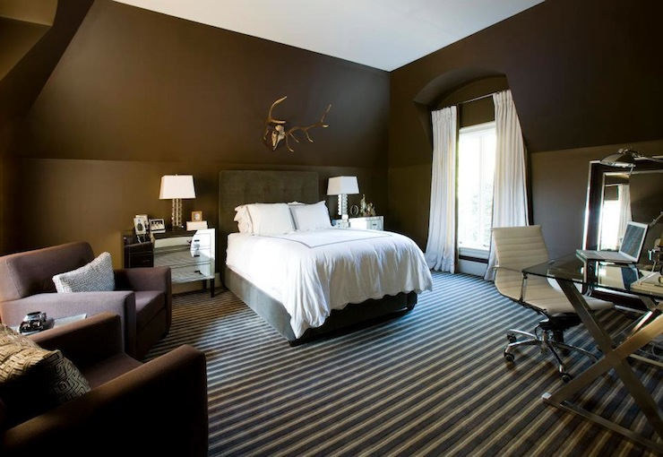 Light brown walls with dark brown accent wall paint home Dark brown walls bedroom