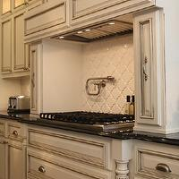 Kitchen Cabinet Contractors Near You - Local Kitchen