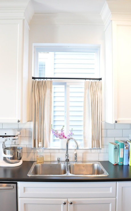 Kitchen Cafe Curtains - Transitional - kitchen - Kerrisdale Design