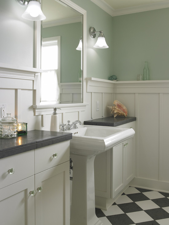 Board And Batten Traditional Bathroom Goforth Gill