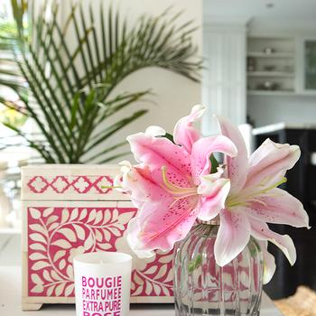 Porchlight Interiors - living rooms - pink accents, hot pink accents, pink, hot pink, hot pink box, pink box, bone inlay, bone inlay box, pink bone box, pink bone inlay bos, inlaid box, pink inlaid box, candle, pink candle,