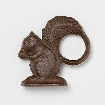 Cast Iron Squirrel Napkin Ring, Terrain