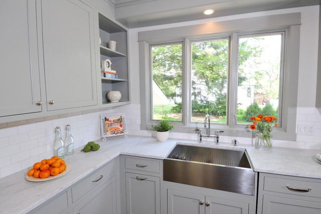 Fieldstone Grey Kitchen Cabinets