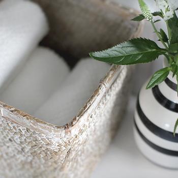 Bathroom Towel Basket, Cottage, bathroom, Stylizimo Blog
