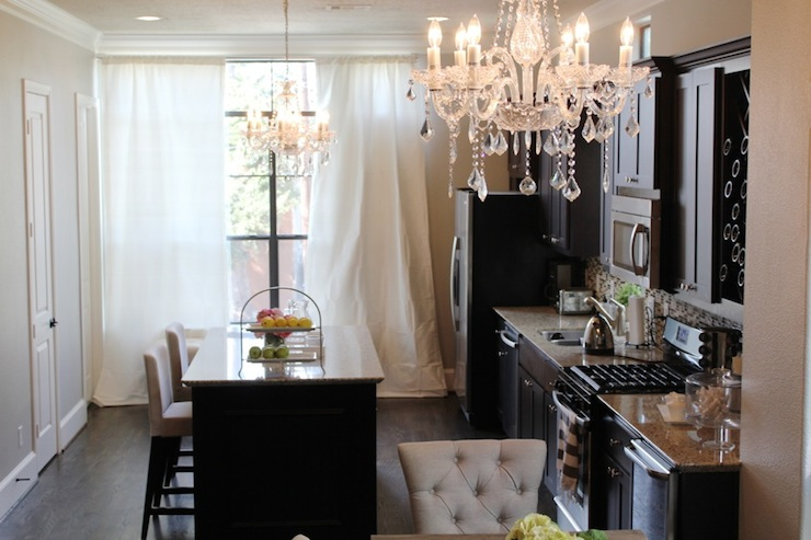 Kitchens With Chandeliers | Home Design Ideas Essentials