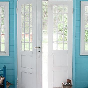 Turquoise Blue Walls, Country, entrance/foyer, Skonahem