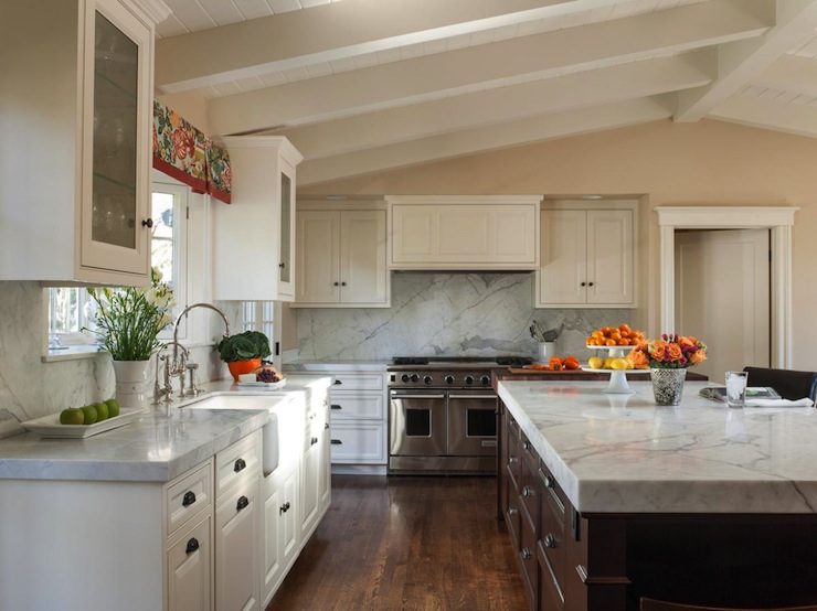 Vaulted ceiling in kitchen transitional kitchen for Vaulted ceiling kitchen designs