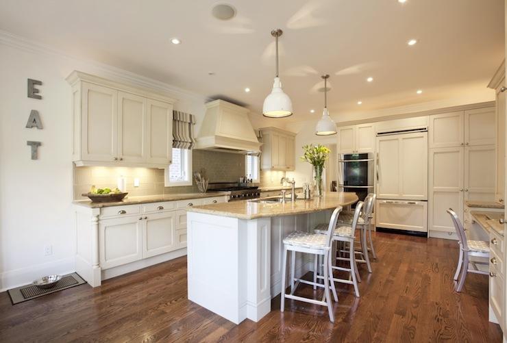 Curved kitchen island transitional kitchen nest for Curved island kitchen designs