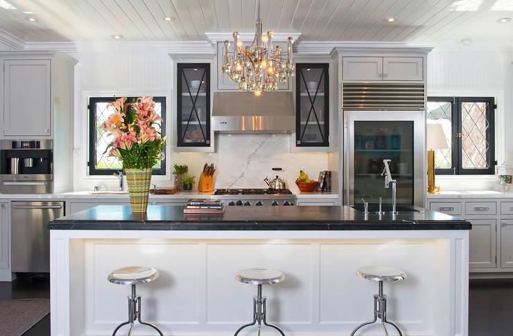 Black marble countertop contemporary kitchen jeff for Jeff lewis bedroom designs