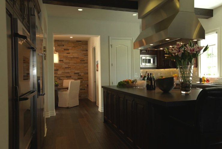 Kitchen Island Hood - Contemporary - kitchen - Jeff Lewis ...