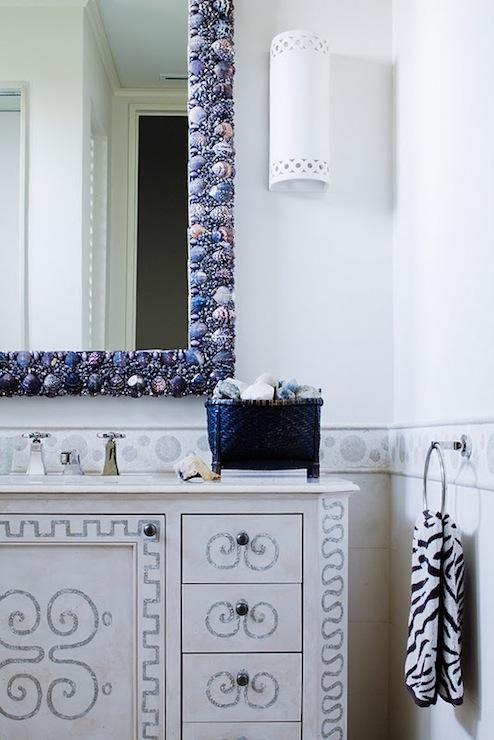 Seashells Mirror Cottage Bathroom Thomas Hamel