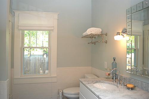 Benjamin moore palladian blue bathroom - Blue Walls Traditional Bathroom Benjamin Moore