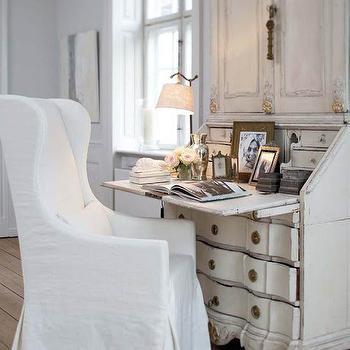 Geometric floor mediterranean bedroom for Christine huve interior designs