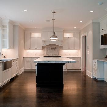 White Quartzite Countertops, Transitional, kitchen, Muralo Pain Morning Fog, Michelle Winick Design