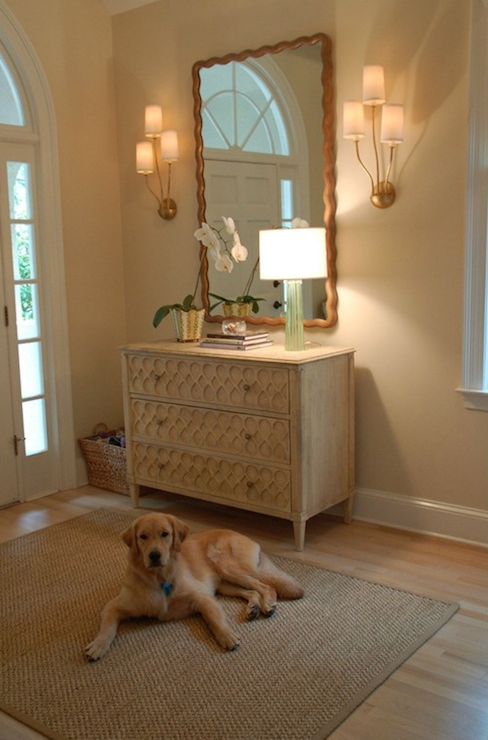 Benjamin Moore Pale Almond - Traditional - entrance/foyer ...