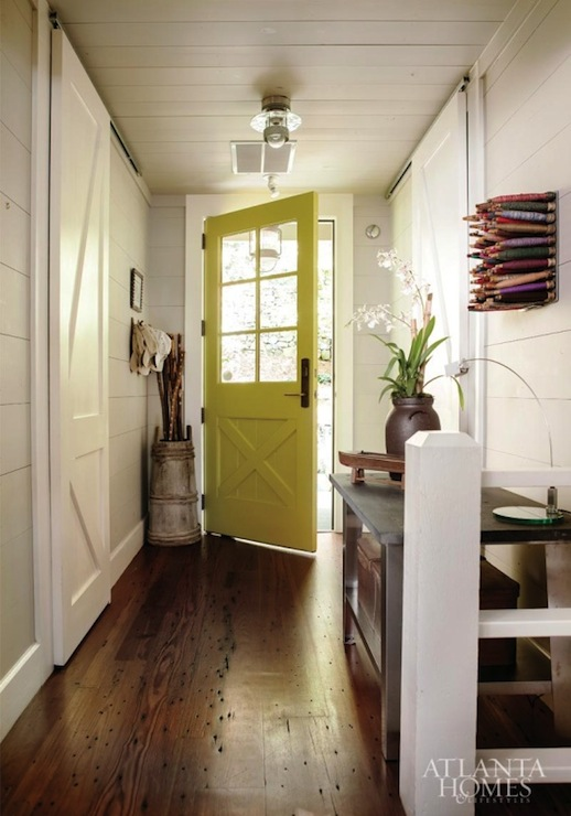 Rustic Cottage Foyer : Cottage den library office