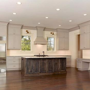 Kitchen crown molding design decor photos pictures for Advanced molding and decoration