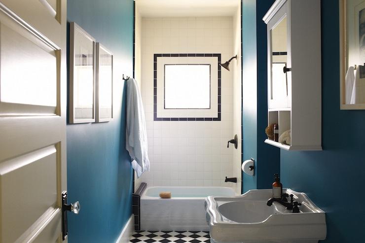 Peacock blue bathroom eclectic bathroom simo design for Peacock bathroom ideas