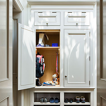 Mudroom Cabinets, Traditional, laundry room, Veranda