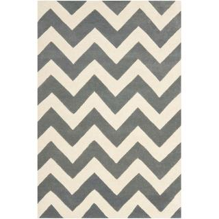 Rugs - Handmade Chevron Dark Grey/ Ivory Wool Rug (4' x 6') | Overstock.com - gray chevron rug, gray and ivory chevron rug, gray and ivory geometric rug, gray and ivory zigzag rug,