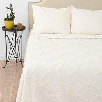 Bedding - Circle Chain Chenille Coverlet I Urban Outfitters - chenille coverlet, ivory chenille coverlet, tonal chenille coverlet, circle-chain ivory chenille coverlet,