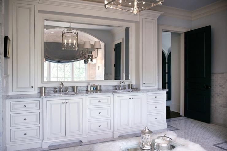 Luxurious Master Bathroom Traditional Bathroom L