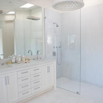 All white bathroom design decor photos pictures for All white bathroom decor