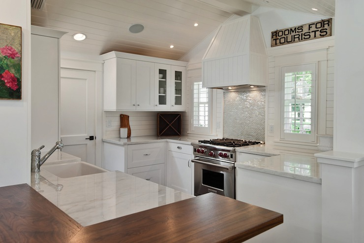 Beadboard Kitchen Hood - Cottage - kitchen - mhkap