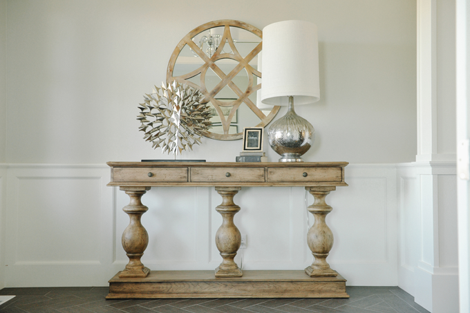 Baluster Console Table Transitional Entrance Foyer