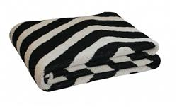 Happy Habitat Eco Dizzy Throw Blanket I Zhush