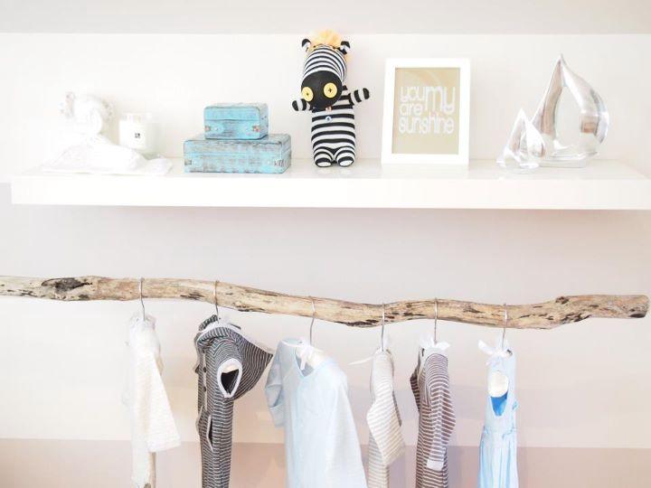 Branch clothes rod transitional nursery habitat and - Decoration chambre enfant ...