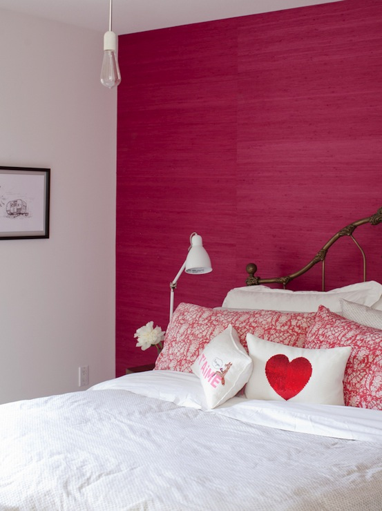 Hot Pink Grasscloth Wallpaper Eclectic Bedroom The