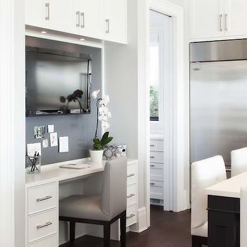 Kitchen TV, Transitional, kitchen, Kelly Deck Design