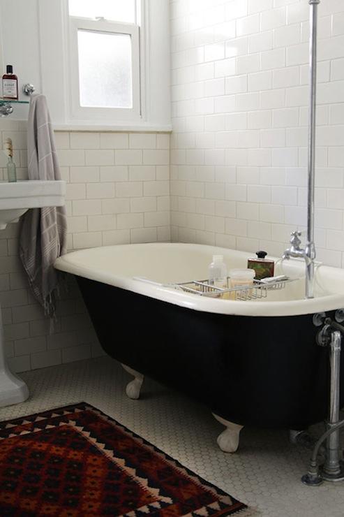 Black Clawfoot Tub Vintage Bathroom Design Sponge