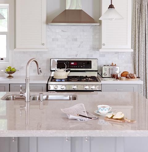 White marble alternatives transitional kitchen sarah for Sarah richardson kitchen designs