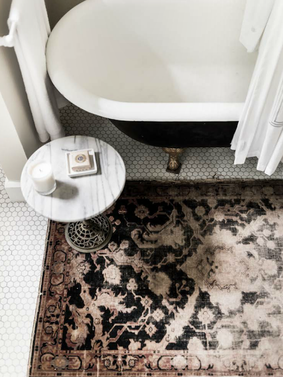 Black And Pink Rug Eclectic Bathroom Bungalow Mag
