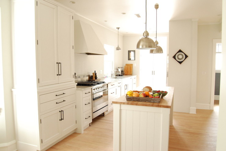 White Kitchen Cabinets Bronze Hardware – Quicua.com