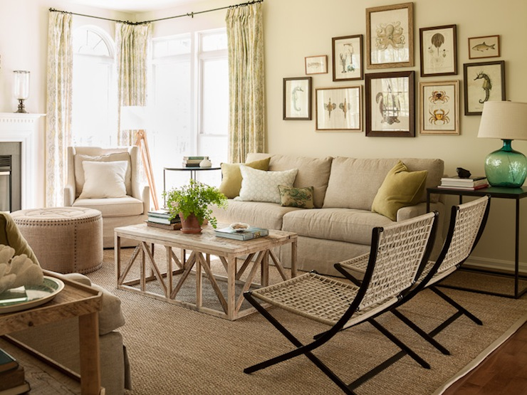 Art Over Sofa Cottage Living Room Benjamin Moore