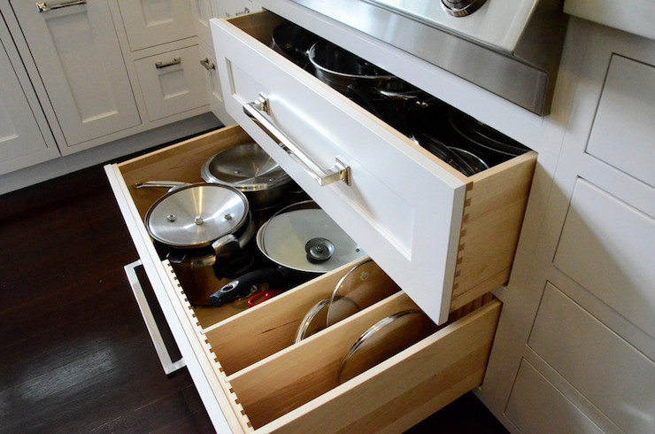 Drawers Under Cooktop Kitchen Dearborn Cabinetry