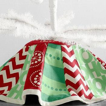 Miscellaneous - Printed Canvas Tree Skirt I Garnet Hill - red green and white canvas tree skirt, red green and white patchwork christmas tree skirt, red green and white contemporary christmas tree skirt,