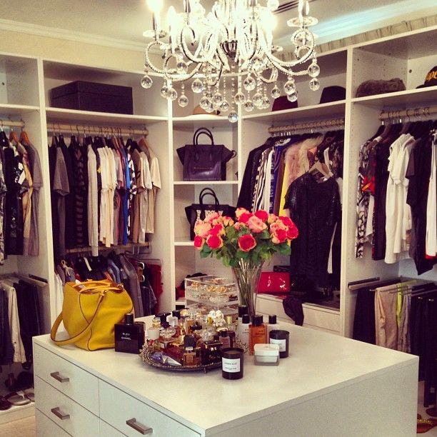 Glamorous Bedroom Walk In Closet Designs