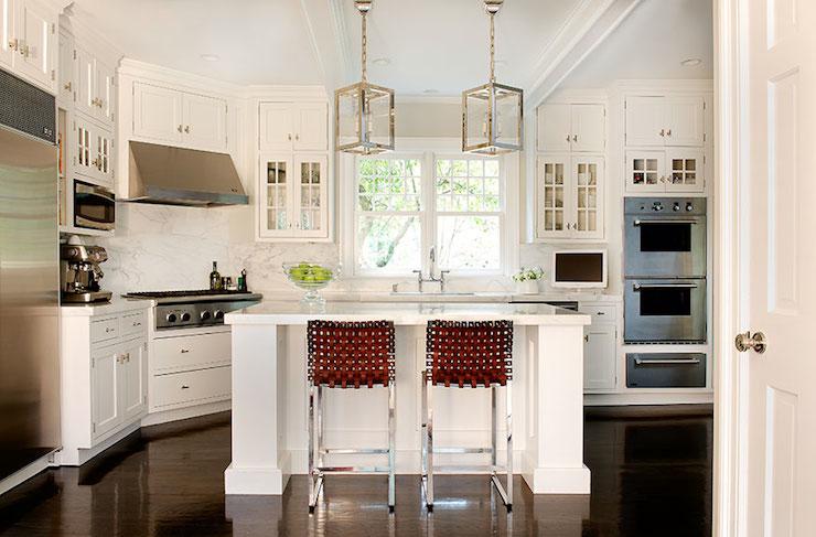 corner H Stove - Contemporary - kitchen - Laura Tutun Interiors - Cooktop In The Corner