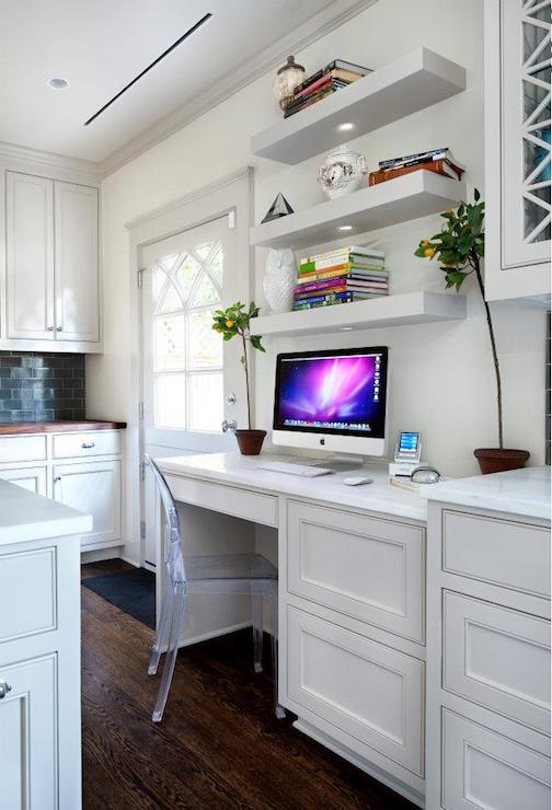 Kitchen Desk Contemporary kitchen Chupik Properties