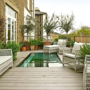 Transitional, Pool