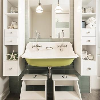Kids Bathroom, Transitional, bathroom, Z Plus Architects