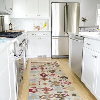 Frosty Carrina, Transitional, kitchen, Curbly